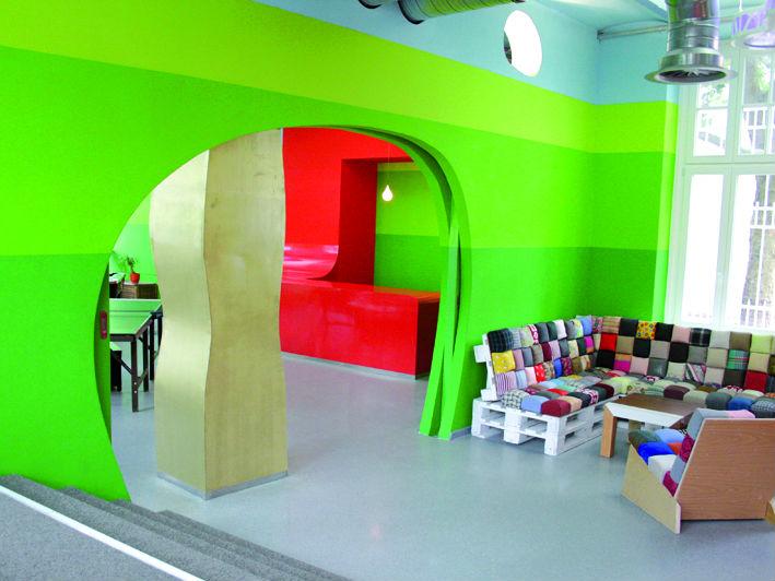 Os2 designgroup jugendzentrum die 9 for Innenarchitektur herford